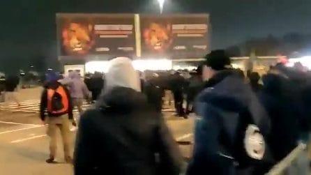 Scontri tra tifosi dell'Atalanta e della Dinamo Zagabria: interviene la polizia