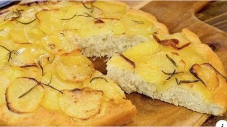 Focaccia furba di patate: senza lievitazione e pronta in soli 30 minuti!
