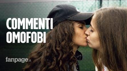 """Martina e Erika, massacrate sul web per un bacio: """"Siete oscene, fate vomitare"""""""