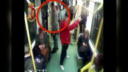 Torino, così colpiva le sue vittime sul tram: arrestato 31enne