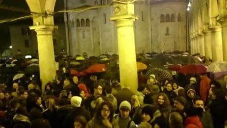 """Le """"sardine"""" a Modena contro Salvini: oltre 6mila in piazza"""