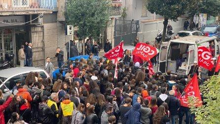 Flop della manifestazione contro il lavoro nero: in strada solo pochi ragazzi