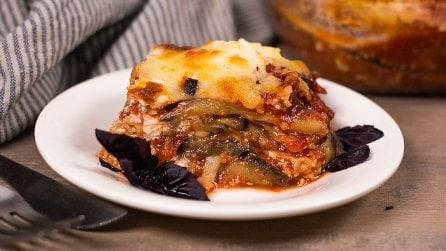 Aubergine parmigiana recipe: a brilliant vegetarian alternative to a lasagna!
