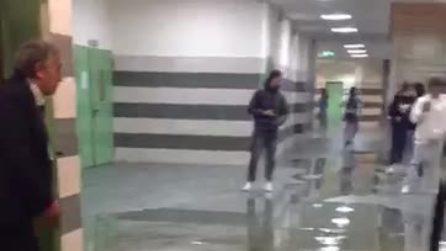 Allagata la stazione Policlinico della metropolitana di Napoli