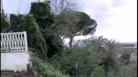 Maltempo Pozzuoli, cede la Solfatara: lavori in corso per riaprire la strada