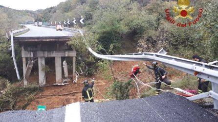 Maltempo, crolla porzione viadotto sulla A6 a Savona