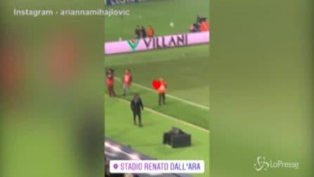 Calcio, Mihajlovic torna in panchina: accoglienza da brividi