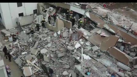 Terremoto in Albania: immagini dall'alto dopo la scossa: case e palazzi rasi al suolo