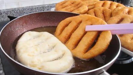 Focacce fritte: la ricetta alternativa da servire al posto del pane