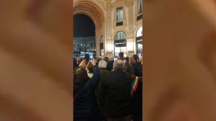 Milano, i sindaci intonano 'Bella Ciao' per Liliana Segre
