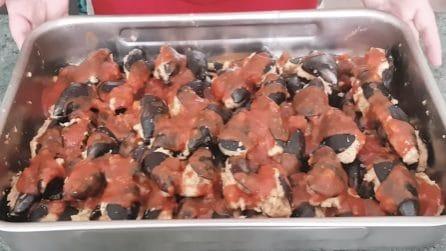 Cozze ripiene al sugo: la ricetta pugliese per deliziare i tuoi ospiti