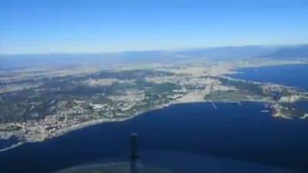 Questo è quello che un pilota d'aereo vede quando atterra a Napoli