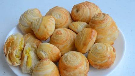 Cupole di sfoglia ripiene alla crema: la ricetta veloce e squisita