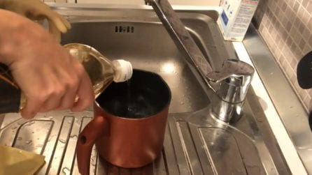 Come pulire e lucidare il lavello in acciaio
