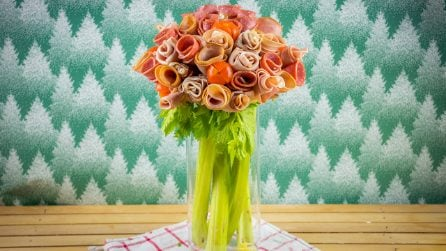 Meat and cheese bouquet: the result is amazing!