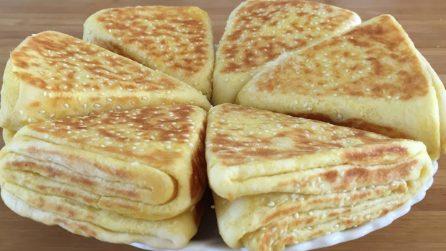 Panini triangolo: la ricetta sfiziosa e piena di gusto