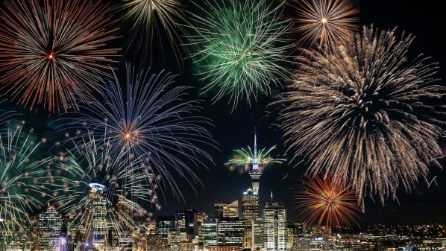 Conto alla rovescia e fuochi d'artificio: è già 2020 in Nuova Zelanda