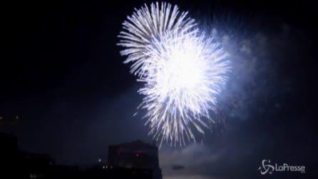 Capodanno 2020 a Napoli, spettacolo di fuochi d'artificio sul lungomare
