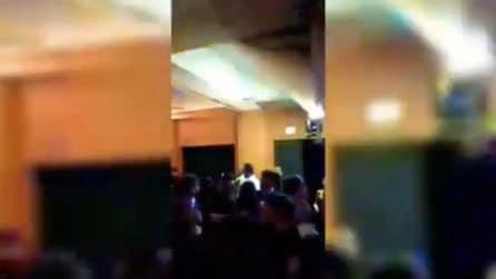 Bari, crolla il controsoffitto durante il veglione in hotel: le urla dei feriti