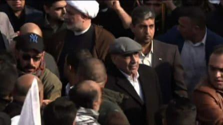 Il premier iracheno ai funerali dei comandanti uccisi da Usa