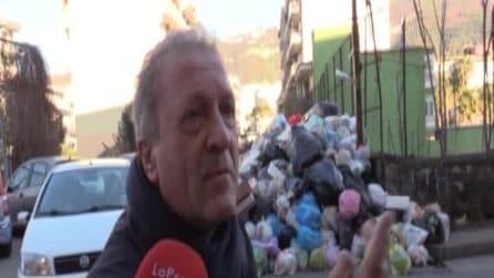 """Emergenza rifiuti, De Luca: """"Napoli potrà sversare più tonnellate per uscire dalla crisi"""""""