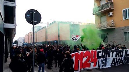 Sgomberata ex caserma Sani, collettivo Xm24 in corteo a Bologna