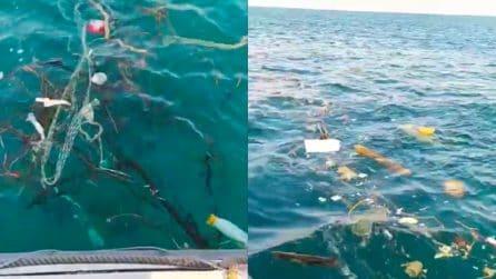 """""""Che schifo"""", la denuncia video nei mari del punto più orientale d'Italia"""