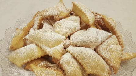Frappe, la ricetta del dolci croccanti e golosi