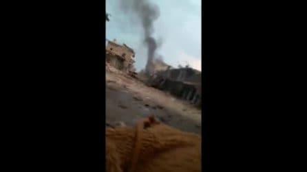L'inferno ad Idlib: morti carbonizzati e distruzione ovunque