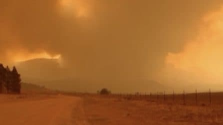 L'Australia continua a bruciare: battaglia contro il fuoco a Canberra
