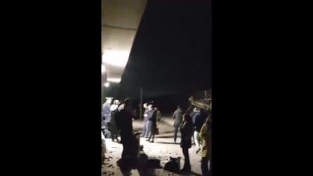 """Frecciarossa deragliato a 298 km orari, il video di un passeggero ferito: """"Il treno si è sollevato"""""""