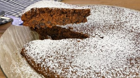 Torta pazza: come preparare un dolce saporito senza sporcare ciotole e utensili!