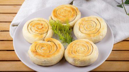 Girelle di pane farcito in padella: facili, sfiziose e saporite!