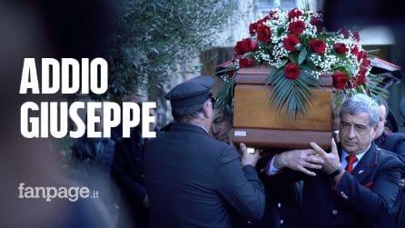 """Treno deragliato a Lodi, l'ultimo saluto al collega morto: """"Un macchinista non muore mai"""""""