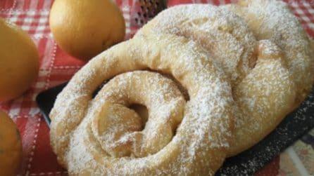 Castagnole arrotolate all'arancia: la ricetta per Carnevale che piacerà a tutti