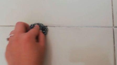 Come pulire le fughe del pavimento con un solo ingrediente