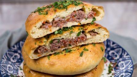 Pane ripieno di carne: come farlo in padella in pochi minuti!