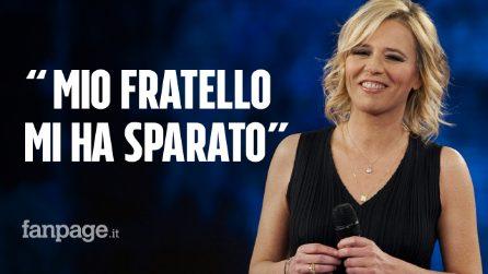 """Maria De Filippi: """"Mio fratello Giuseppe mi ha sparato, ho ancora un buco in fronte"""""""