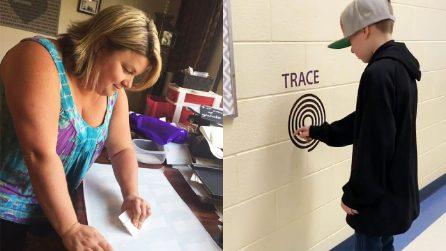 Mamma crea un percorso sensoriale a scuola: la reazione del figlio autistico è davvero emozionante