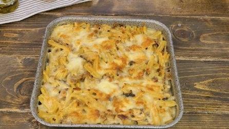Casarecce al forno con besciamella, funghi e salsiccia: un primo piatto facile e sorprendente!