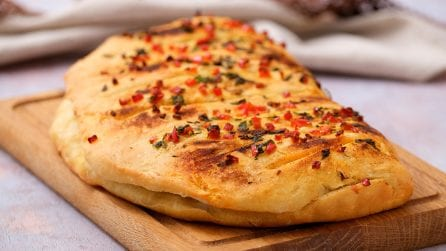 Stuffed calzone: easy to make and simply delicious!