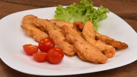 Straccetti di pollo croccanti: la ricetta facile ed economica che piacerà a tutti!
