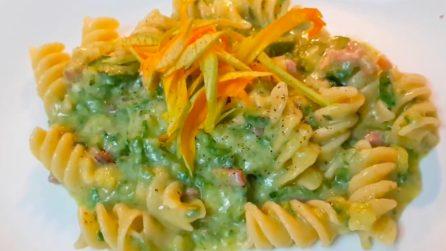 Fusilli zucchine e pancetta: la ricetta del primo piatto gustoso