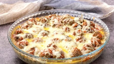 Meatballs savory pie: a quick dinner for the whole family!