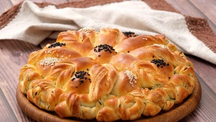 Flower brioche: how to take classic garlic bread to the next level!