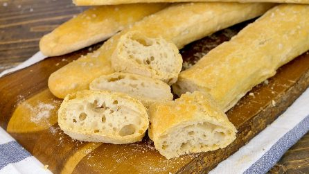 Stecche di Jim: il pane senza impasto dal risultato alveolato e fragrante!