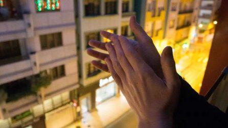 Coronavirus, anche in Perù gli applausi dai balconi per ringraziare medici e infermieri