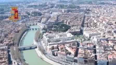 Coronavirus, Roma: l'elicottero della Polizia sorveglia le strade