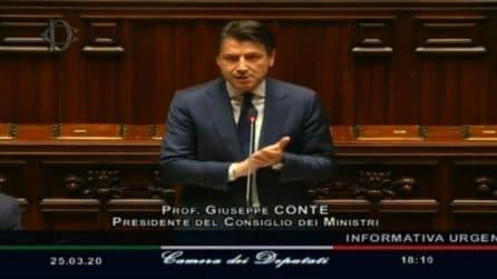 Coronavirus, Conte ricorda le vittime: applausi alla Camera