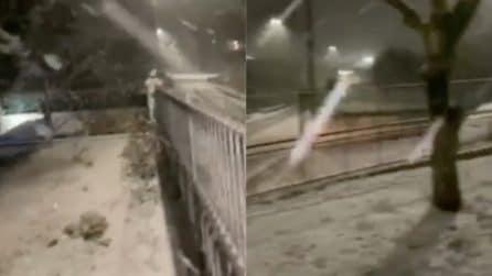 Avellino, forte nevicata nella notte: sembra di essere in pieno inverno